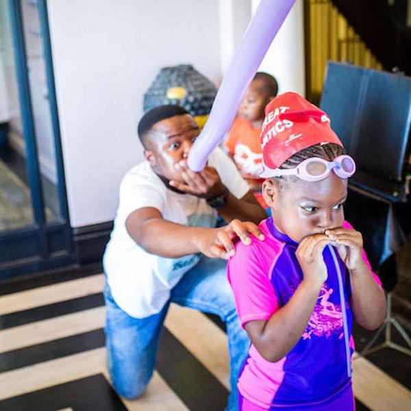 Kids Magic Show in Manhattan by Bazinga Parties